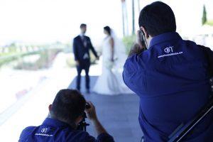 dani-troncoso-trabajando-en-una-boda
